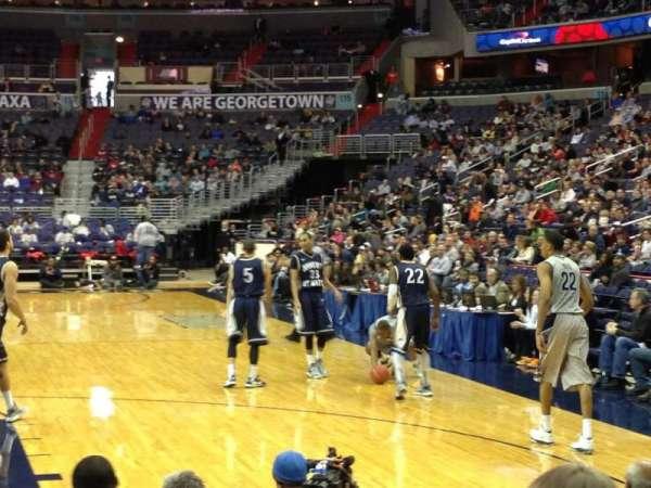 Capital One Arena, secção: 105, fila: Student, lugar: Section