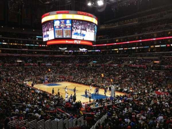 Staples Center, secção: 219, fila: 3, lugar: 9