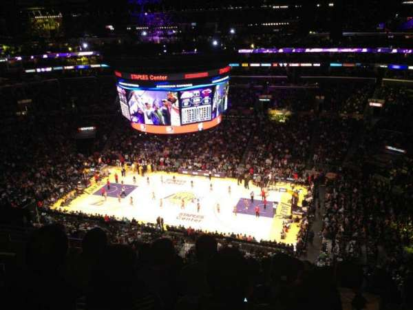 Staples Center, secção: 316, fila: 9, lugar: 16