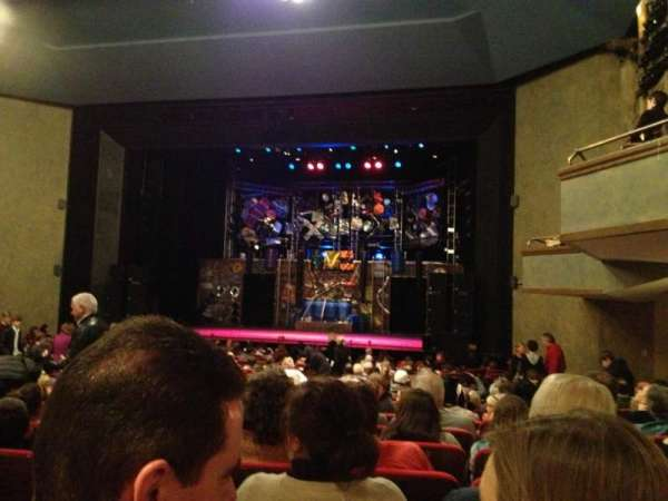 Matthews Theatre at the McCarter Theatre Center, secção: Orchestra A, fila: W, lugar: 12