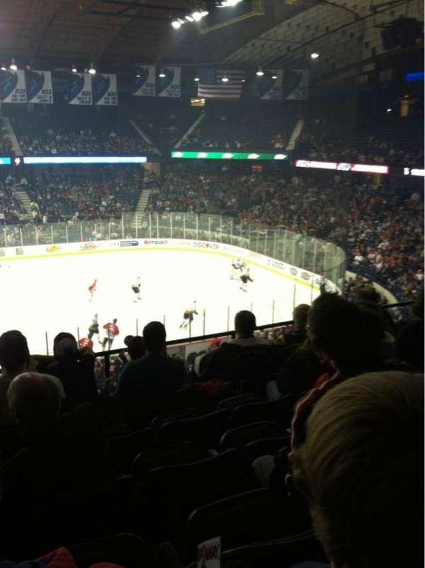 Allstate Arena, secção: 202, fila: F, lugar: 19