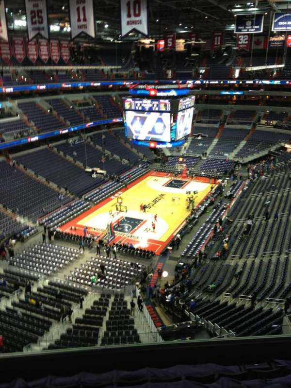 Capital One Arena, secção: 428, fila: G, lugar: 1