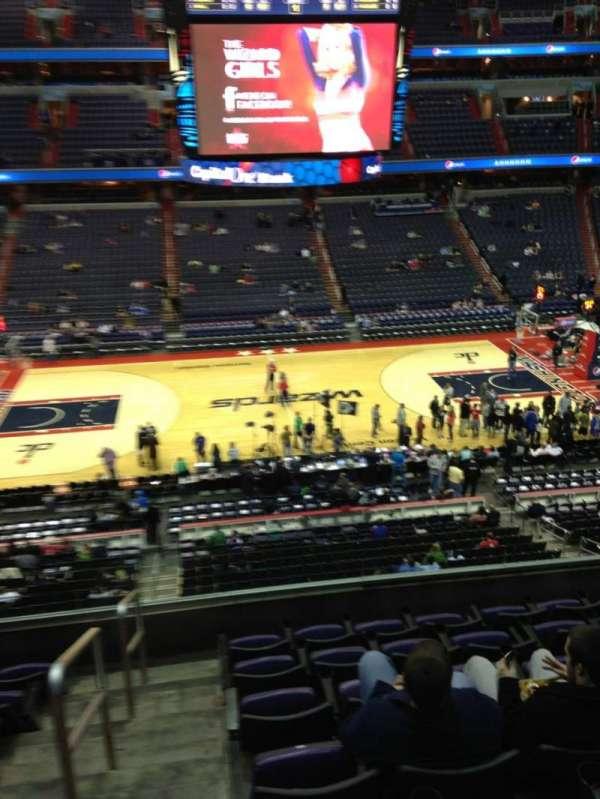 Capital One Arena, secção: 200, fila: F, lugar: 1