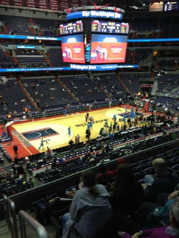 Capital One Arena, secção: 228, fila: F, lugar: 1