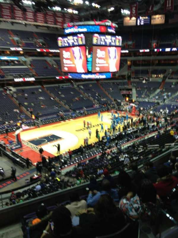Capital One Arena, secção: 227, fila: F, lugar: 1