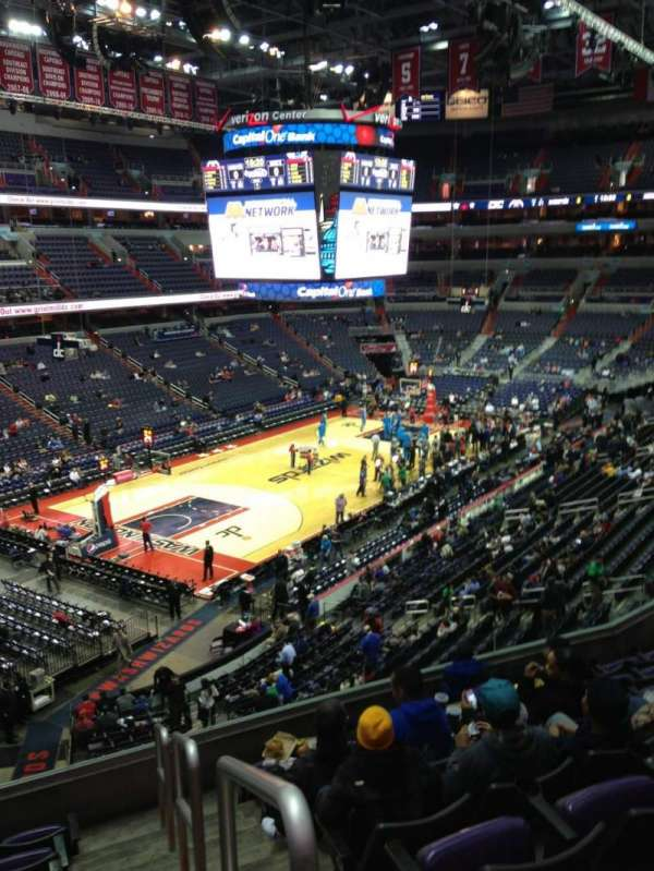 Capital One Arena, secção: 226, fila: F, lugar: 1