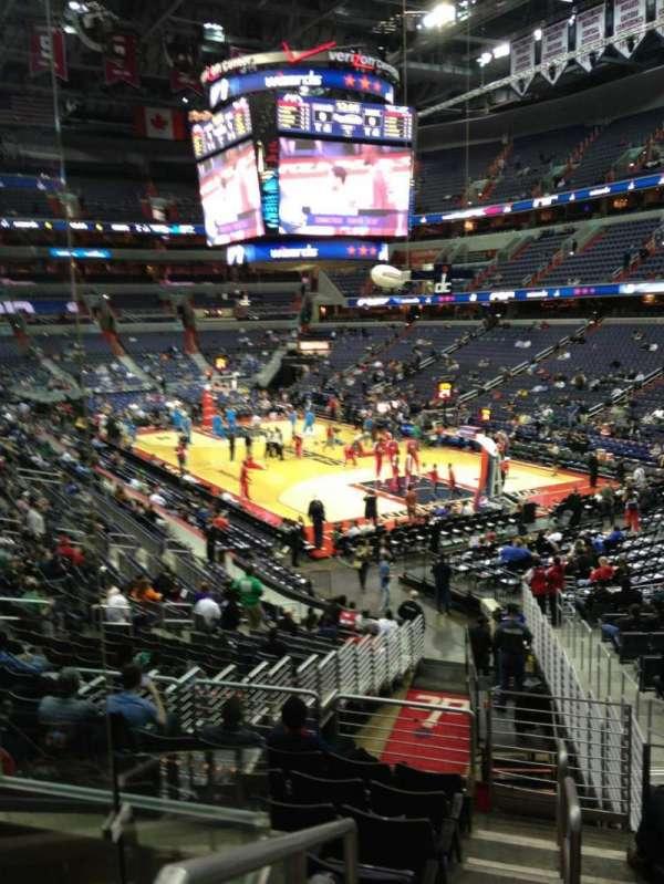Capital One Arena, secção: 114, fila: R, lugar: 20