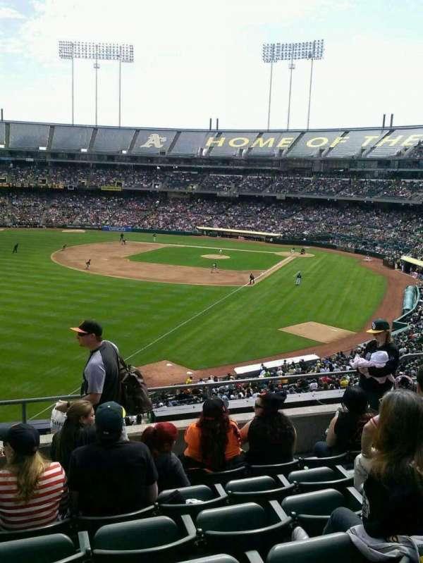 Oakland Coliseum, secção: 230, fila: 6, lugar: 18