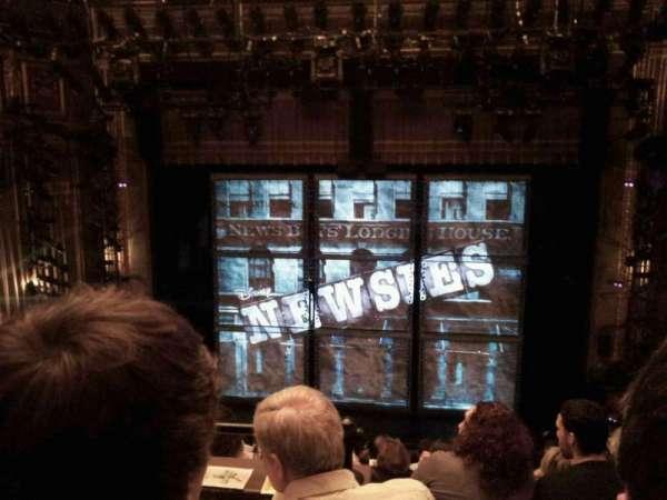 Nederlander Theatre, secção: Rear mezz center, fila: LL, lugar: 106
