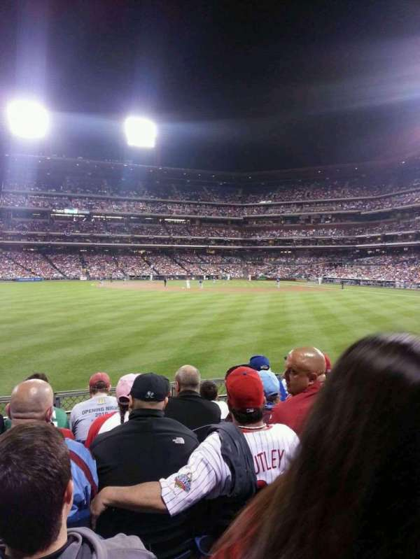 Citizens Bank Park, secção: 145, fila: 5, lugar: 16