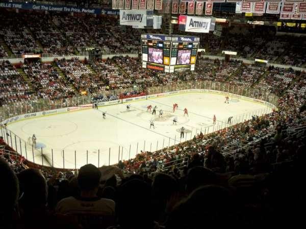 Joe Louis Arena, secção: 212A, fila: 20, lugar: 5