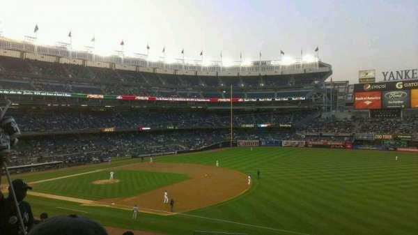 Yankee Stadium, secção: 212, fila: 7, lugar: 25