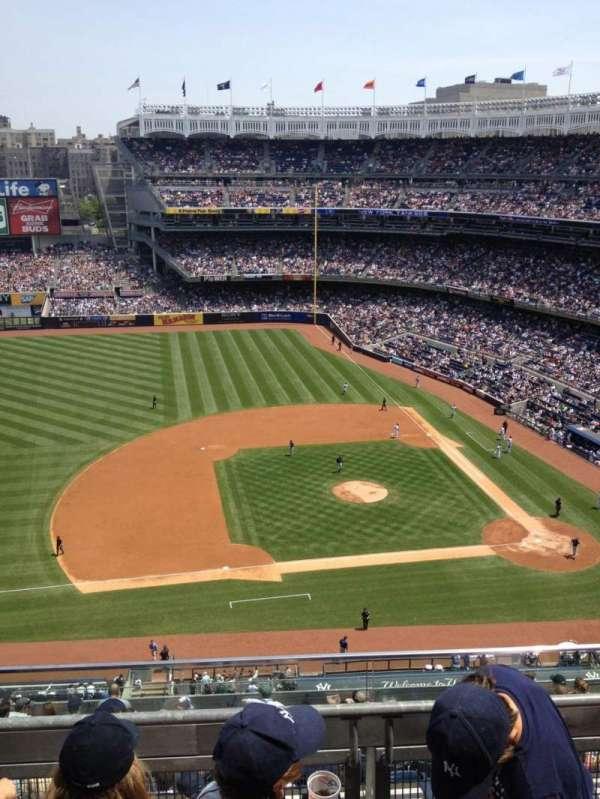 Yankee Stadium, secção: 425, fila: 3, lugar: 2