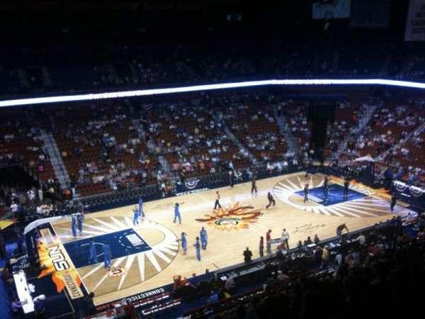 Mohegan Sun Arena, secção: 108, fila: L, lugar: 19