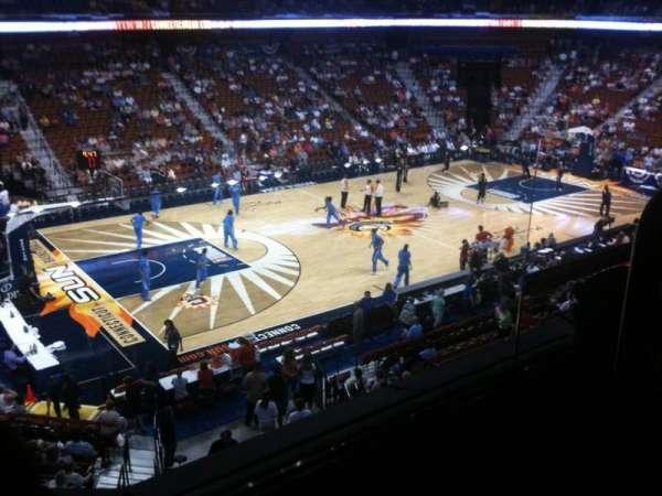 Mohegan Sun Arena, secção: 109, fila: B, lugar: 1