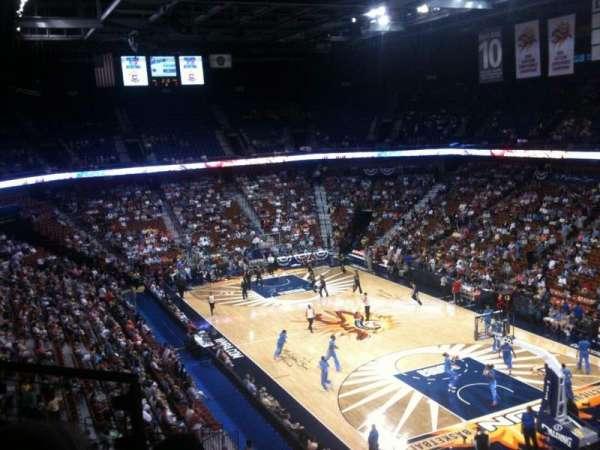 Mohegan Sun Arena, secção: 114, fila: F, lugar: 7