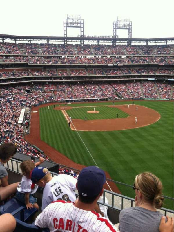 Citizens Bank Park, secção: 307, fila: 4, lugar: 4