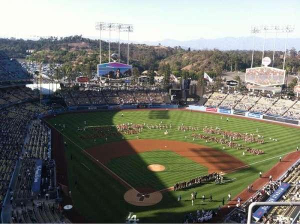 Dodger Stadium, secção: 2TD, fila: D, lugar: 17