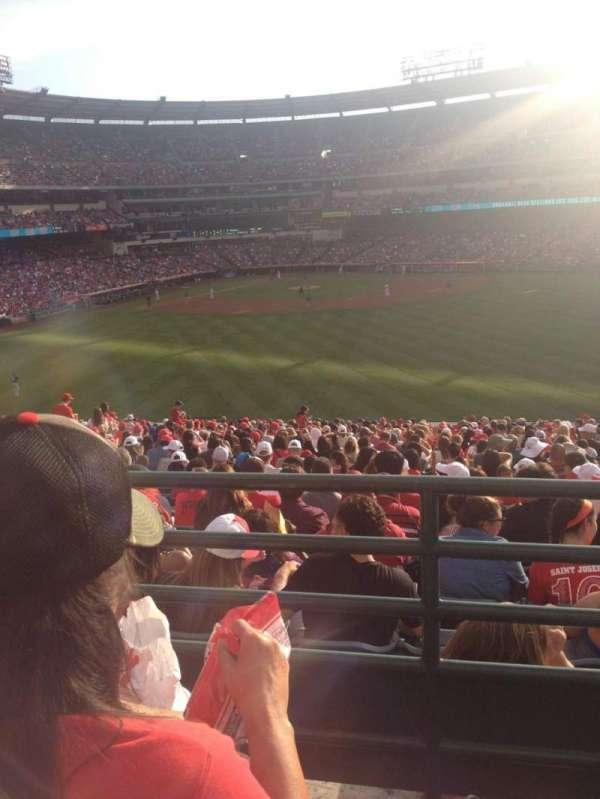 Angel Stadium, secção: P247, fila: B, lugar: 15