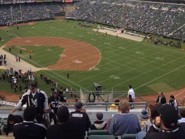 Oakland Coliseum, secção: 309, fila: 4, lugar: 12