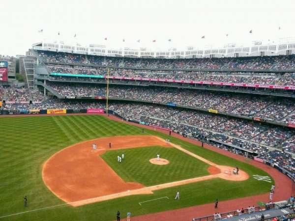 Yankee Stadium, secção: 326, fila: 1, lugar: 26