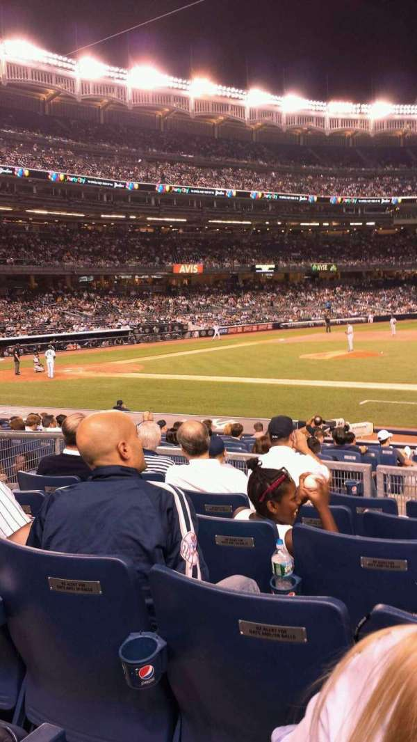 Yankee Stadium, secção: 115, fila: 17, lugar: 6
