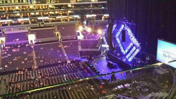 Staples Center, secção: 301, fila: 001, lugar: 1