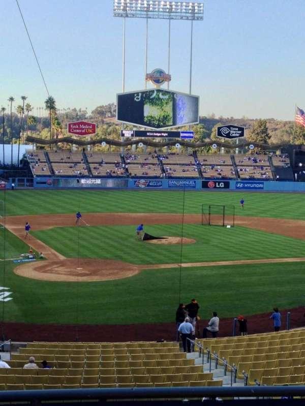 Dodger Stadium, secção: 114LG, fila: D, lugar: 1
