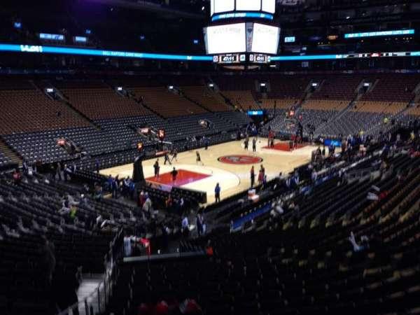 Scotiabank Arena, secção: 122, fila: 25, lugar: 15