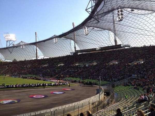 Olympiastadion, Munich, secção: O2