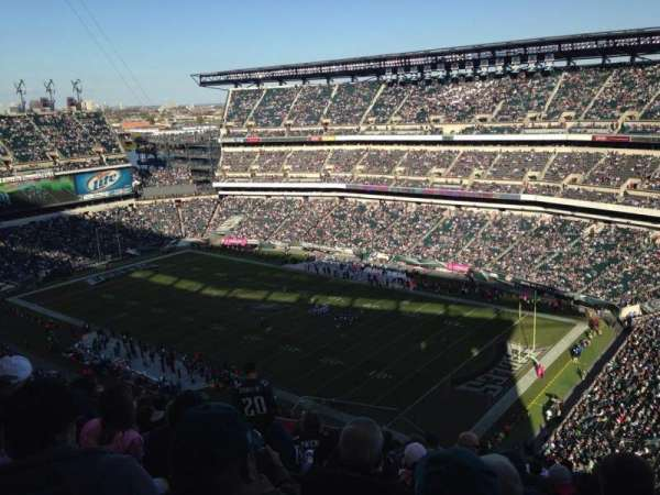 Lincoln Financial Field, secção: 206, fila: 27