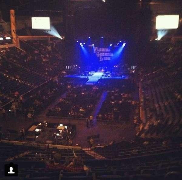 Bridgestone Arena, secção: 203, fila: G, lugar: 4