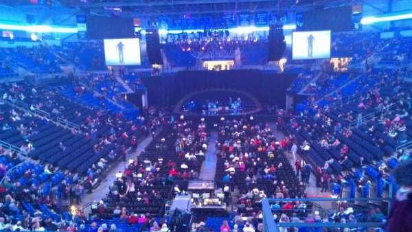 Chaifetz Arena, secção: 209, fila: D, lugar: 4