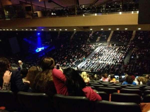 Madison Square Garden, secção: 226, fila: 23, lugar: 17