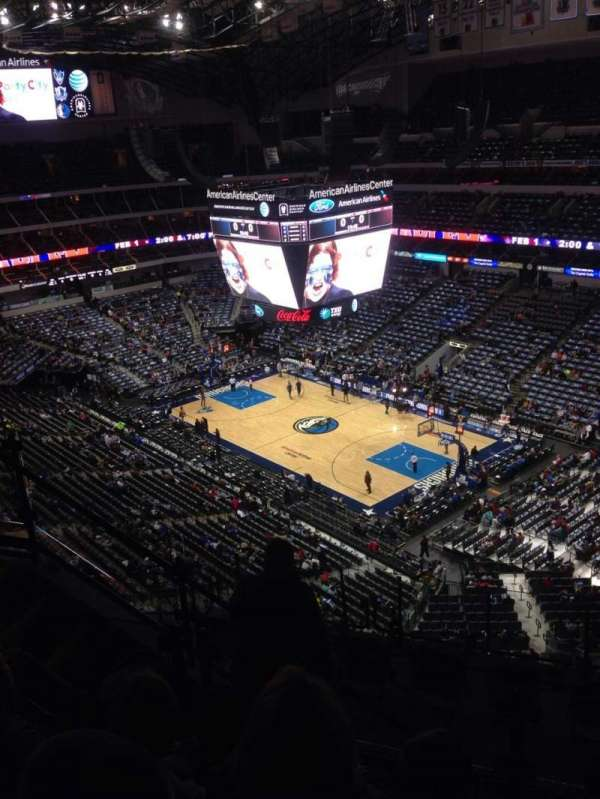 American Airlines Center, secção: 305, fila: J, lugar: 3