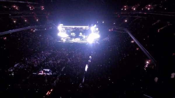 Capital One Arena, secção: 411, fila: a, lugar: 1