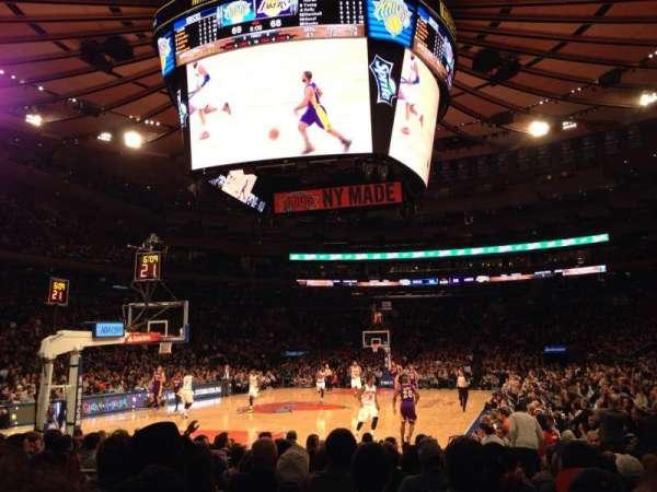 Madison Square Garden, secção: 9, fila: 11, lugar: 8
