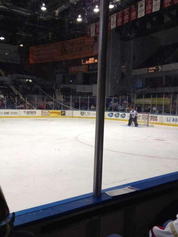 Blue Cross Arena, secção: 125, fila: B, lugar: 6