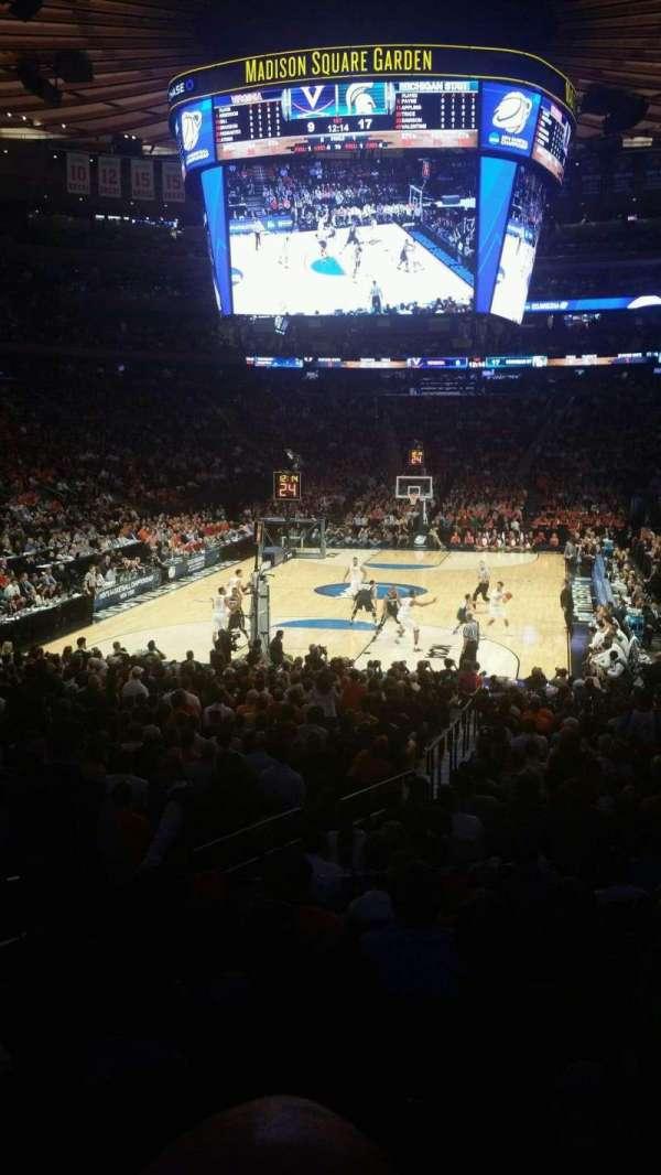 Madison Square Garden, secção: 103, fila: 14, lugar: 2