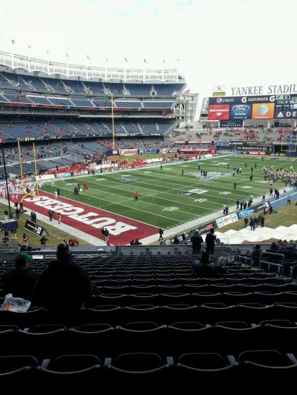 Yankee Stadium, secção: 215, fila: 9, lugar: 8