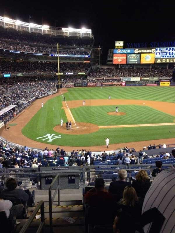 Yankee Stadium, secção: 218a, fila: 8, lugar: 13