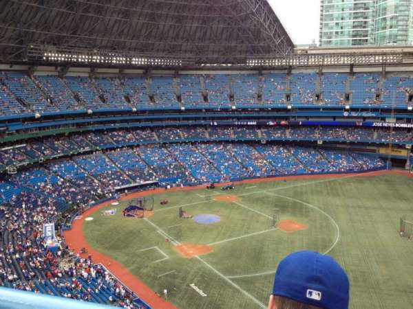 Rogers Centre, secção: 512L, fila: 13, lugar: 111