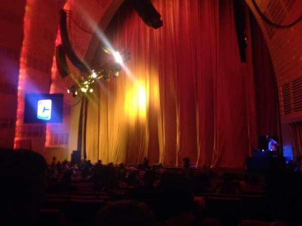 Radio City Music Hall, secção: Orchestra 1, fila: SS, lugar: 108