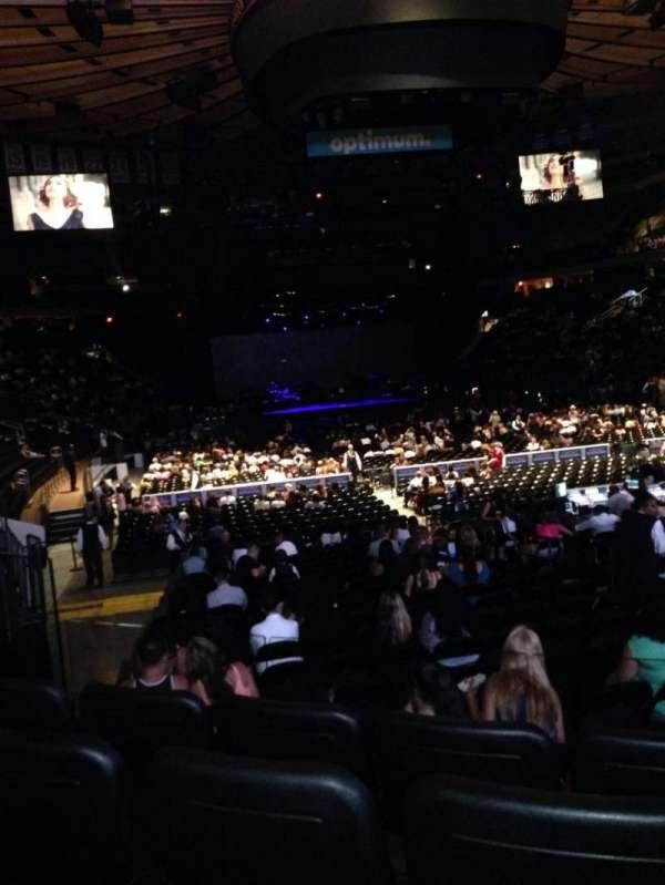 Madison Square Garden, secção: 101, fila: 9, lugar: 7