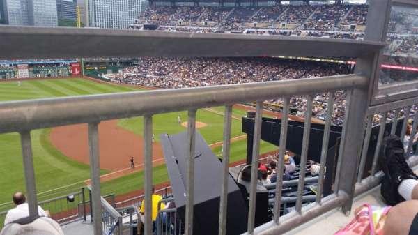 PNC Park, secção: 327, fila: a, lugar: 3