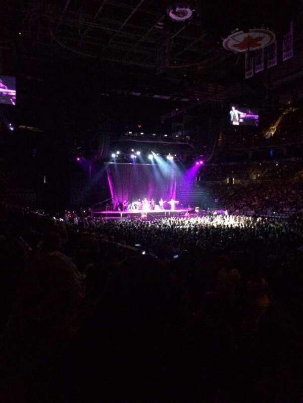 Scotiabank Arena, secção: 106, fila: 11, lugar: 4