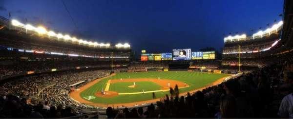 Yankee Stadium, secção: 217, fila: 8, lugar: 19