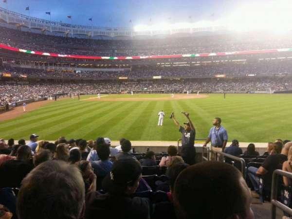 Yankee Stadium, secção: 105, fila: 18, lugar: 1