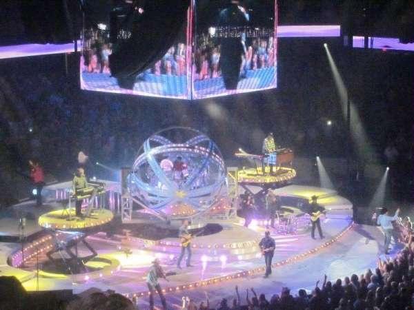 Allstate Arena, secção: 202, fila: O, lugar: 13