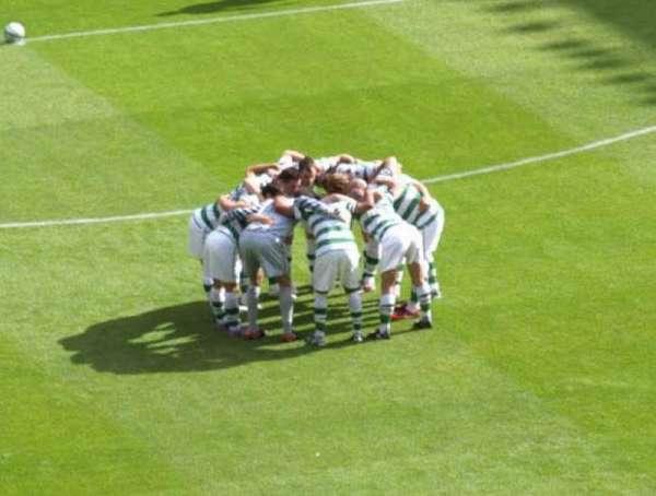 Celtic Park, secção: Area 442, fila: F, lugar: 3